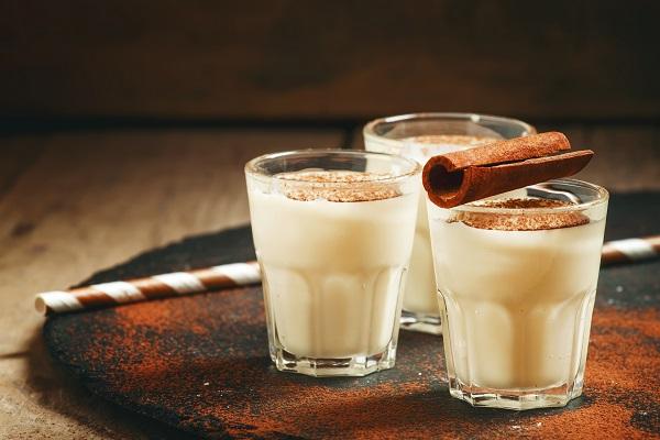 latte ai cereali e cannella